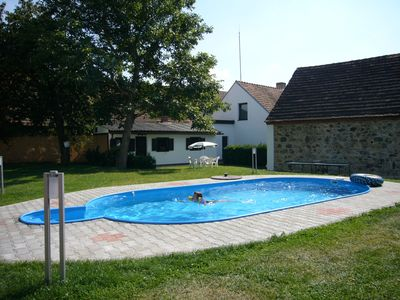 Holiday apartment With Wifi, well-kept garden, tennis court and pool