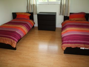 third bedroom (two twinbeds)