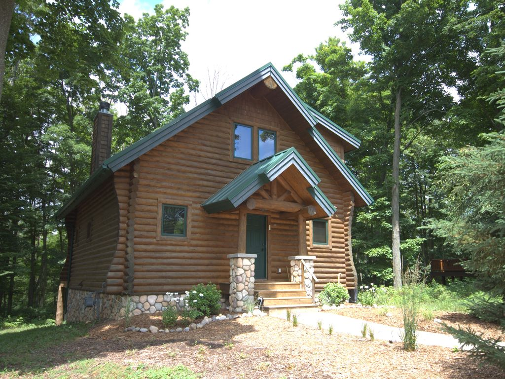 3 Bedroom Mountain Cabin Enjoy Boyne Amenities Vrbo