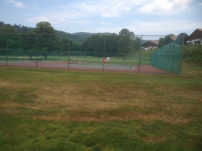 Linderhof Country Club Tennis Courts