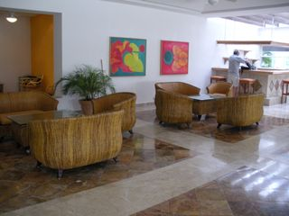 Cancun condo photo - Lobby and Bar Area