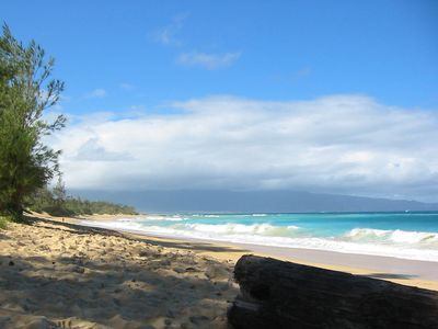 The Stunning Baldwin Beach only Minutes Away by Car