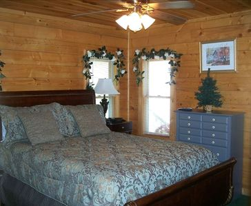 Queen sleigh-bed in spacious bedroom with private full bath, first floor