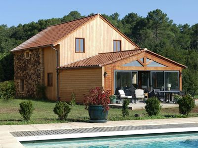 LE NOYER, LUXURY 3 BED RENOVATED TOBACCO BARN, WIFI NR SARLAT  (6-8 pax)
