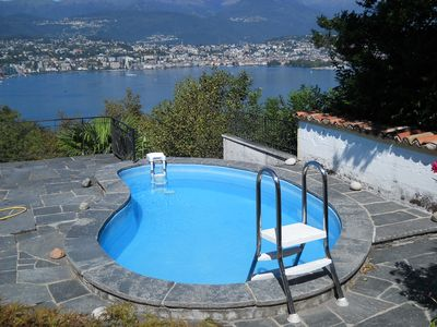 Holiday cottage with marvellous view on the lake, Lugano and the mountains