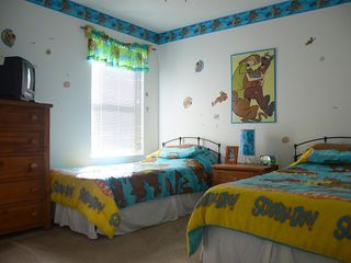 Lake Berkley villa photo - Scooby's Room_Double Twins