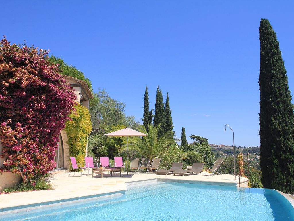 Accommodation near the beach, 200 square meters, , La Colle, Provence and Cote d
