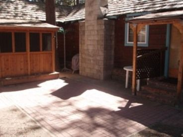 Bijou Pines cabin rental - Back Patio