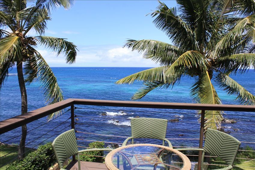 Oceanfront Paradise 2 Mile From Paia Walk Vrbo
