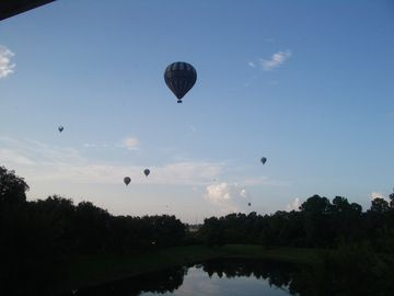 Early morning balloon flights heading to Disney