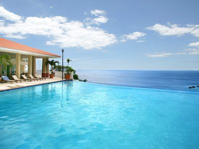 In Puerto Rico Villa iL Moure with a relaxing Ocean View / Crash ...