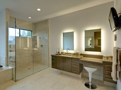 Master Bathroom - Double Shower Head, TV & Jacuzzi Tub