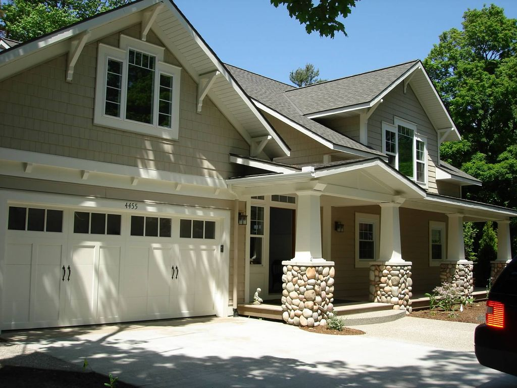 Ventura pines cottage on lake mi with private vrbo for 10 bedroom vacation rentals in michigan