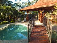 Beautiful Picaflora Private Bali-Style Home and Pool in Atenas