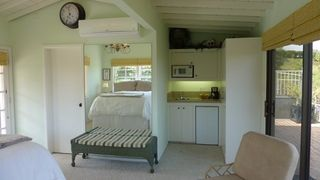 Beverly Hills cottage photo - Kitchenette and Air Conditioning Unit