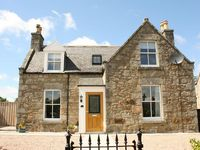 Cottage in Huntly - AB171 Short Breaks Available! – Please Enquire Now!
