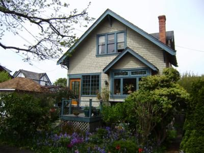Clover Point House