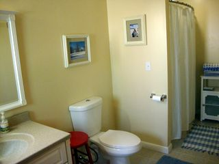 Bridgewater Corners cabin photo - Master bathroom with shower and tub