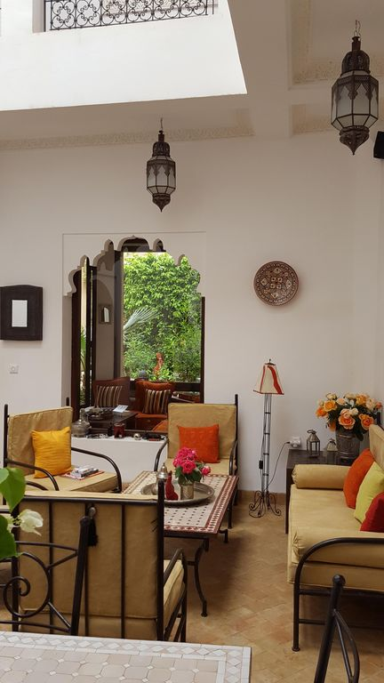 Rare Medina Private riad with garden and pool (staff included)