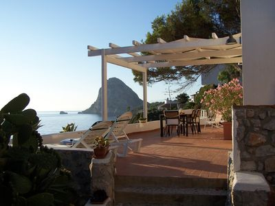 Capo Zafferano villa rental - OUR TERRACE IN THE MORNING