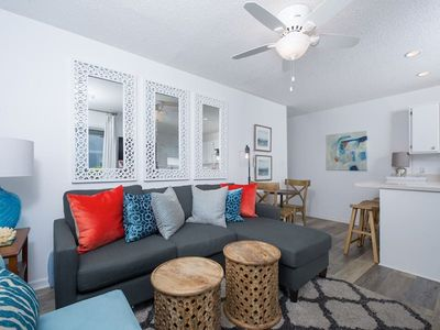 Beautiful Ground Floor Unit in Seagrove - 100 yards to the Beach