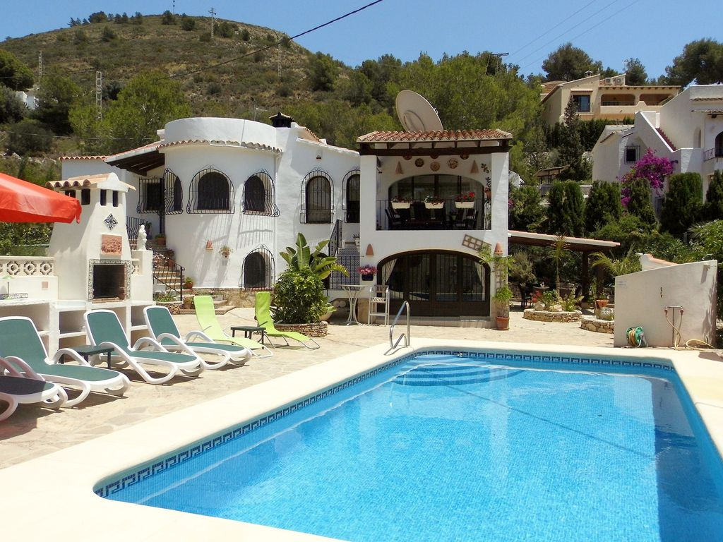 S26244 villa with private pool in el portet 8141685 - Villa el portet ...