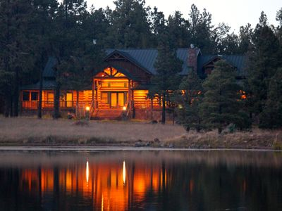 Gorgeous Private Cabin With Lake View