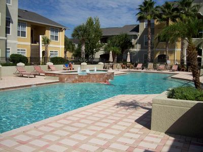 Clearwater condo rental - Resort style pool and clubhouse with wireless access