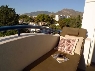 Terrace View to Tivoli mountain with sun lounger