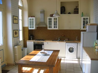 Jonzac area castle rental - Kitchen