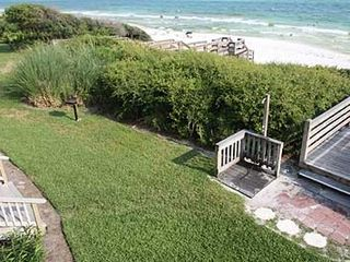 Seacrest Beach condo photo - Beachside manicured lawn and outdoor shower
