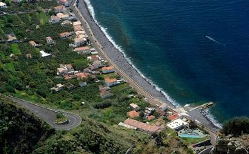 Calheta villa rental - The location of Bela Vista Beach Villa