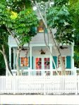 Key West Historic Seaport Tree HouseEfficiency with Deck