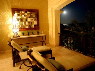 Cabo San Lucas villa photo - Evening lounge seating on the balcony