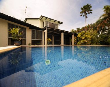 hotel front image - Your Own Beautiful House in Paradise with Pool and River Access