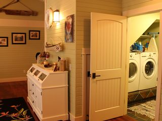 Somers house photo - A peek into the Laundry Room