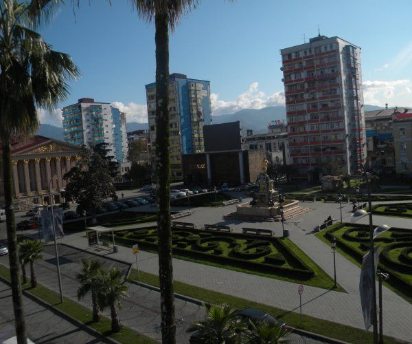 Flat for Rent in The Heart Of Batumi