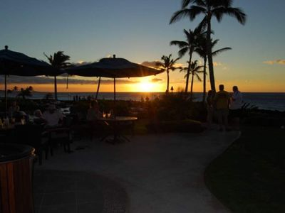 Sunset Dining at the only complex in Waikoloa with an on-site Restaurant & Bar.