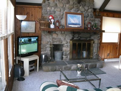 Locust Lake chalet rental - Field stone fire place and 40 LCD TV