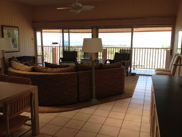 Great room overlooking the beach on the Gulf of Mexico at Siesta Key