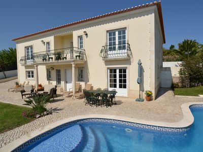 Detached Villa With Delightful Views