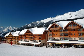 lovely apartment in area suitable for skiers of all abilities.