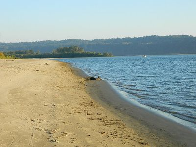 Cottonwood Beach can be enjoyed in July, August, September, and October.