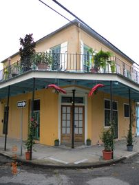 Bywater house rental - View from outside-both upper and lower units are for rent-private