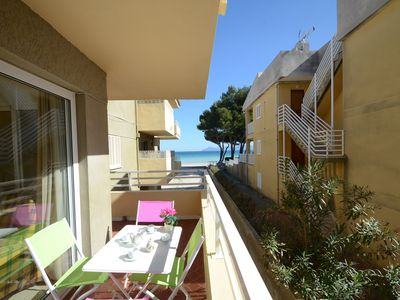 Huge apartment for 6 at the Beach, Balcony with Sea Views, Wifi, AC