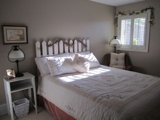 Bedroom with Queen Bed - Saugatuck / Douglas townhome vacation rental photo