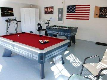 Fully equipped games room & fitness equipment