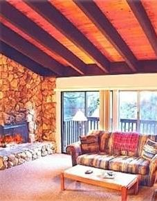 Vaulted Ceilings! Snowbird Tahoe Townhouse