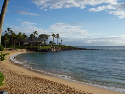 Merriman's Restaurant on the point at Kapalua Bay