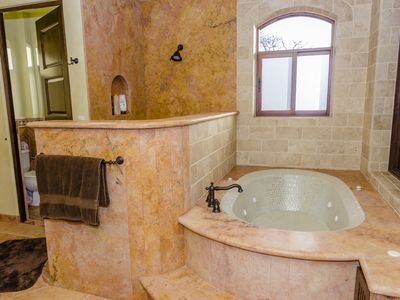 Exquisite master bath with jacuzzi tub